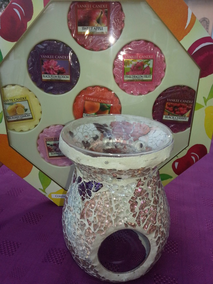Yankee Candle Oil Burner & Wax Melts